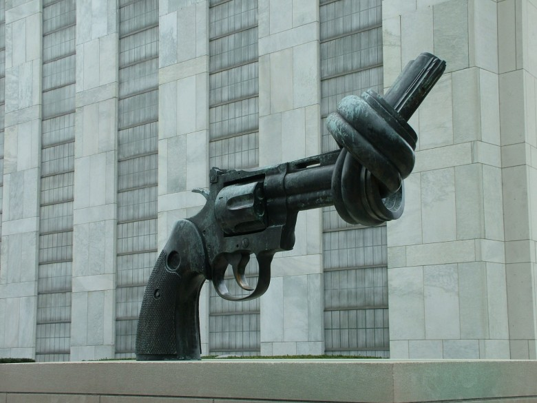 knotted gun UN new york